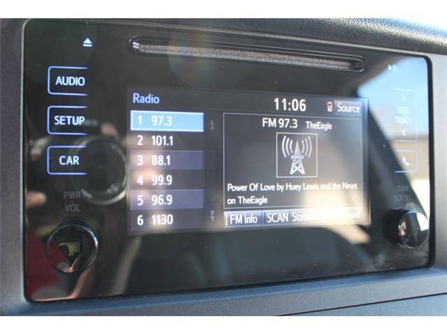 2017 Toyota Sienna 7 Passenger (Stk: S868158) in Courtenay - Image 15 of 27