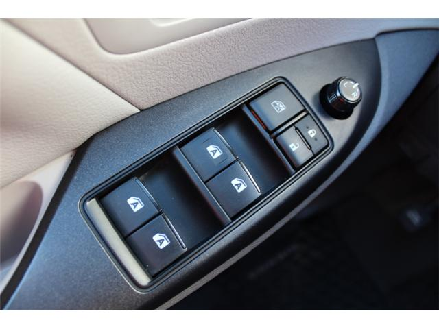 2017 Toyota Sienna 7 Passenger (Stk: S868158) in Courtenay - Image 14 of 27