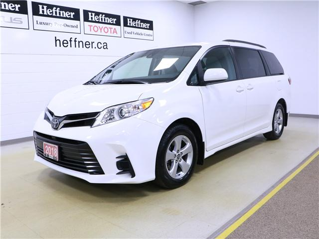 2018 Toyota Sienna LE 8-Passenger (Stk: 195270) in Kitchener - Image 1 of 30