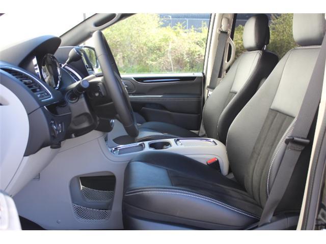 2019 Dodge Grand Caravan CVP/SXT (Stk: R607419) in Courtenay - Image 5 of 30