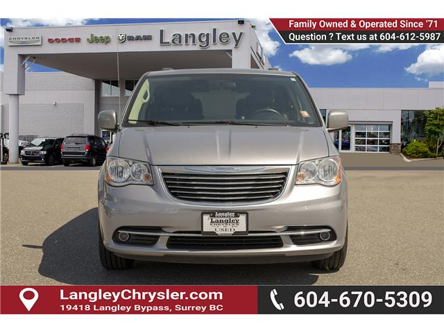 2015 Chrysler Town & Country Touring-L (Stk: EE902490) in Surrey - Image 2 of 25