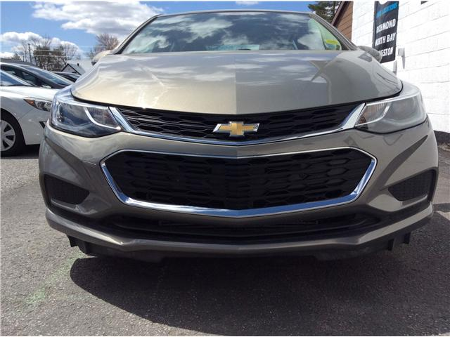 2018 Chevrolet Cruze LT Auto (Stk: 182141) in Richmond - Image 6 of 19