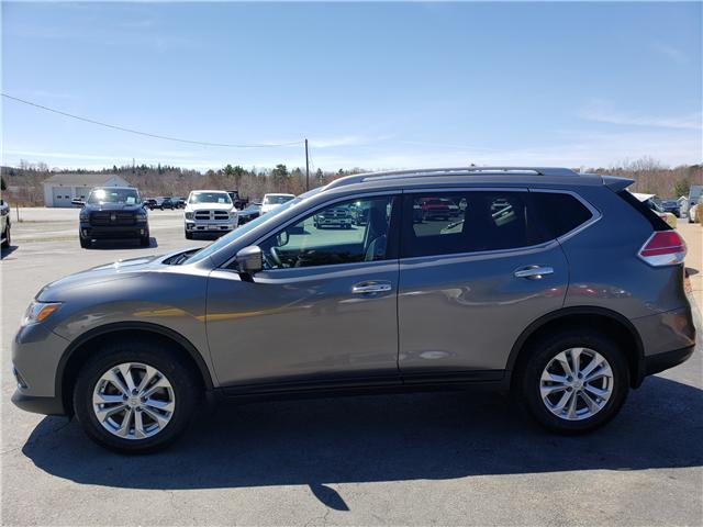 2016 Nissan Rogue SV (Stk: 10333) in Lower Sackville - Image 2 of 18