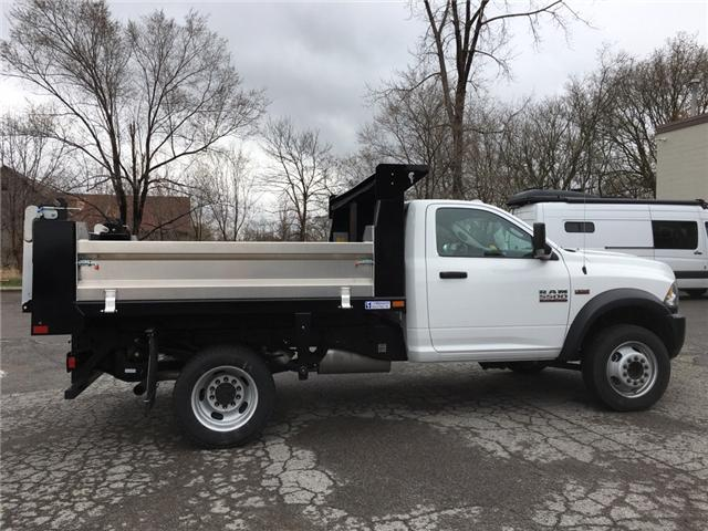 2018 RAM 5500 Chassis ST/SLT (Stk: 34842W) in Belleville - Image 2 of 25