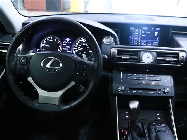 2016 Lexus IS 300 Base (Stk: 197082) in Kitchener - Image 7 of 30