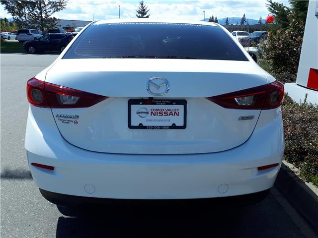 2017 Mazda Mazda3 GX (Stk: P0070) in Courtenay - Image 4 of 9