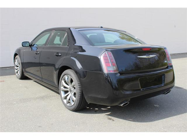 2014 Chrysler 300 S (Stk: W573976A) in Courtenay - Image 3 of 30