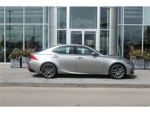 2019 Lexus IS 300 Base (Stk: 190451) in Calgary - Image 2 of 14