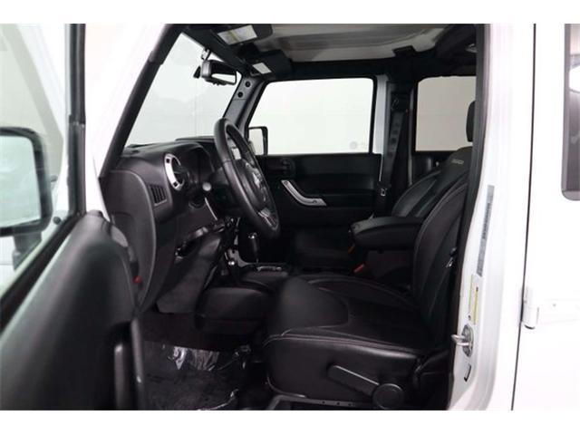 2018 Jeep Wrangler JK Unlimited Sahara (Stk: R19-09) in Huntsville - Image 30 of 33