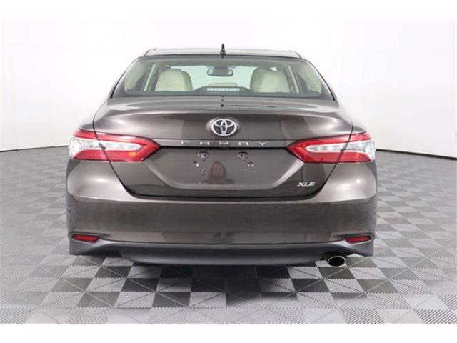 2018 Toyota Camry XLE (Stk: 52433) in Huntsville - Image 4 of 35