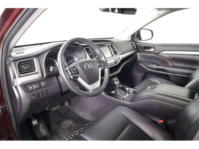 2017 Toyota Highlander XLE (Stk: 52445) in Huntsville - Image 12 of 34