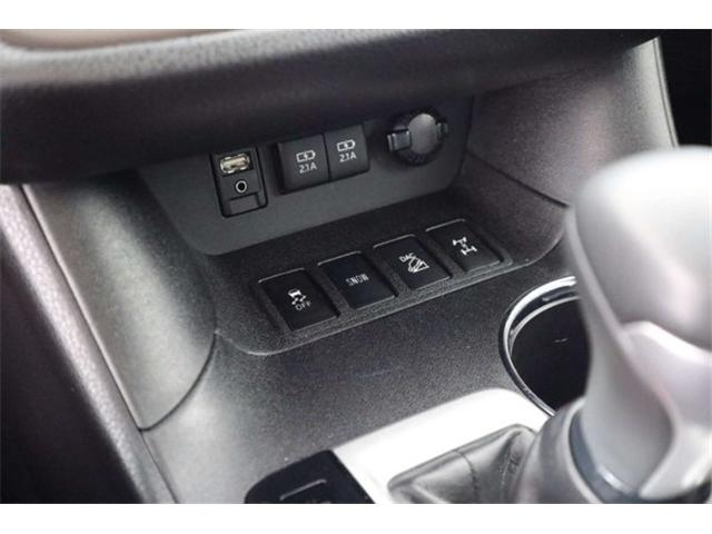 2017 Toyota Highlander XLE (Stk: 52445) in Huntsville - Image 13 of 34