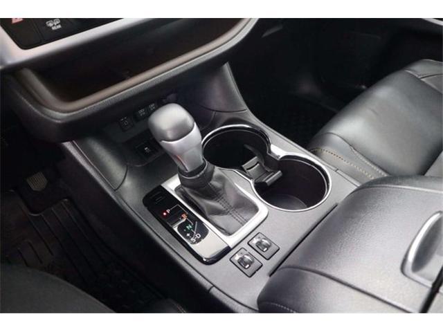 2017 Toyota Highlander XLE (Stk: 52445) in Huntsville - Image 15 of 34