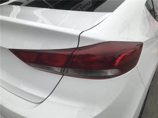 2017 Hyundai Elantra SE (Stk: 19461) in Chatham - Image 7 of 20