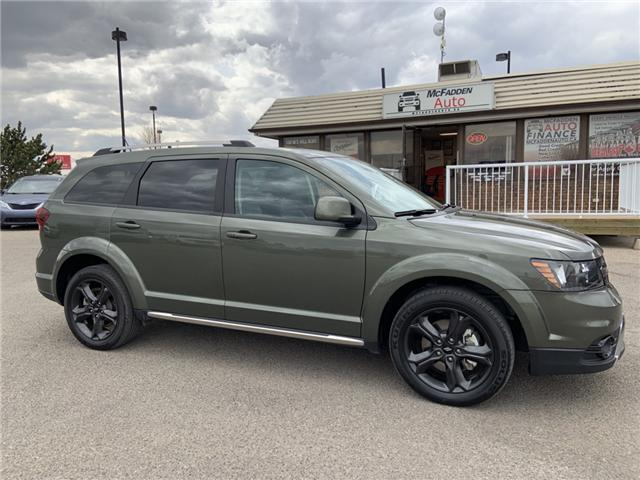 2018 Dodge Journey Crossroad (Stk: B2208) in Lethbridge - Image 1 of 25