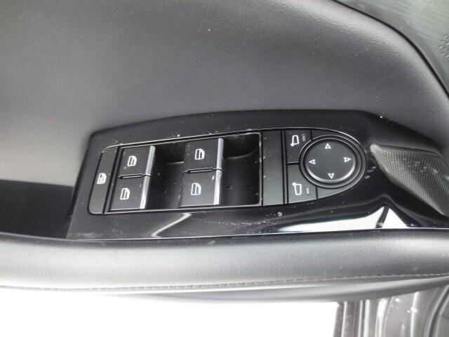 2019 Mazda Mazda3 GT (Stk: M19041) in Steinbach - Image 12 of 36