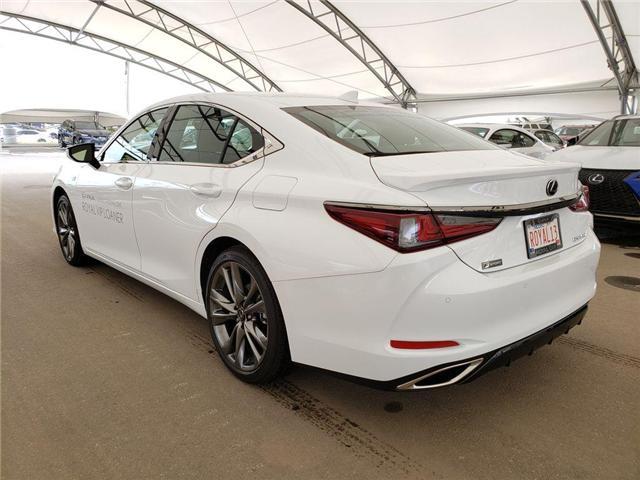 2019 Lexus ES 350 Premium (Stk: L19057) in Calgary - Image 3 of 5