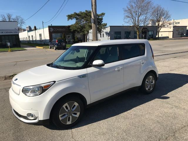 2018 Kia Soul EV EV Luxury (Stk: 30020) in Etobicoke - Image 1 of 15