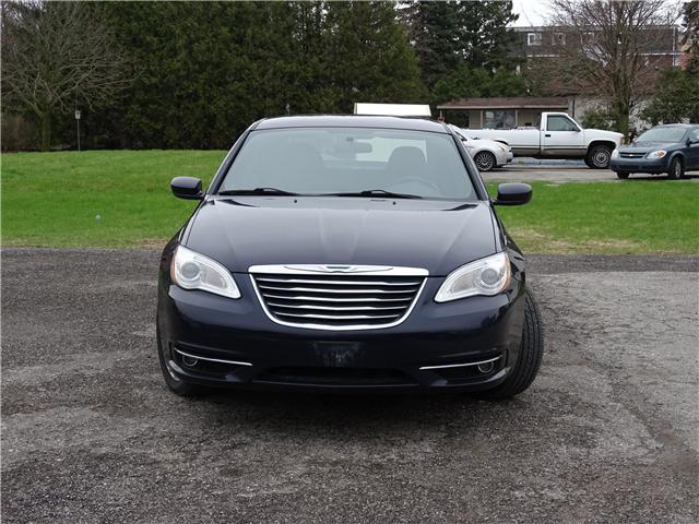 2011 Chrysler 200 LX (Stk: ) in Oshawa - Image 2 of 11