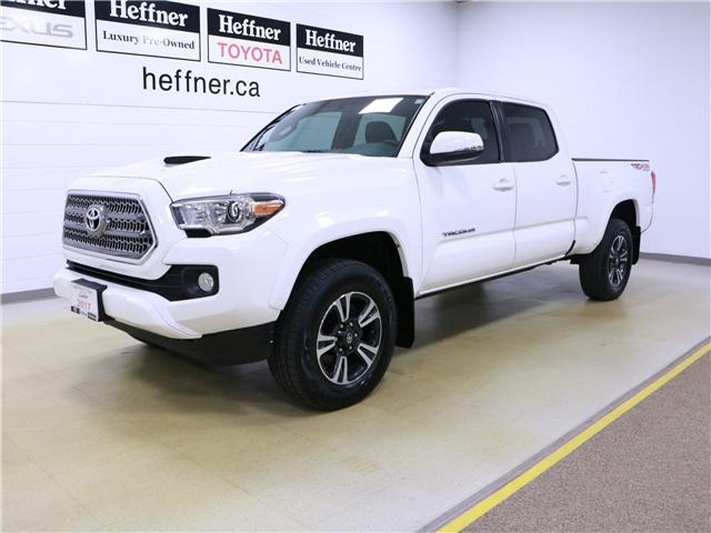 2017 Toyota Tacoma SR5 (Stk: 195307) in Kitchener - Image 1 of 29