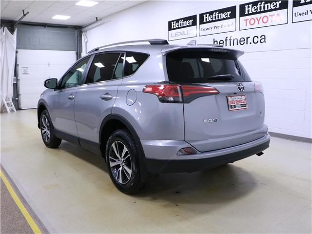 2018 Toyota RAV4 LE (Stk: 195275) in Kitchener - Image 2 of 28