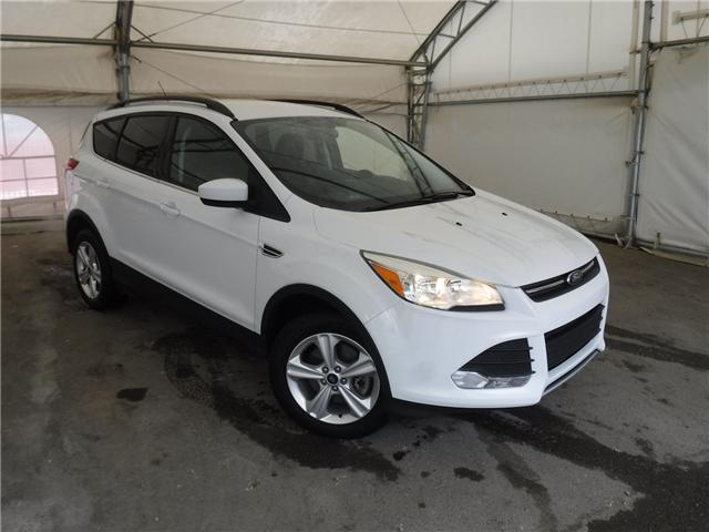 2015 Ford Escape SE (Stk: ST1700) in Calgary - Image 1 of 25