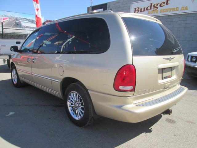 2000 Chrysler Town & Country Limited (Stk: bp619) in Saskatoon - Image 3 of 17
