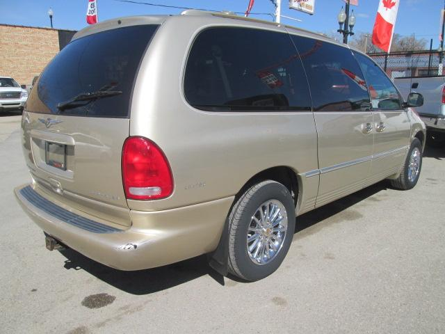 2000 Chrysler Town & Country Limited (Stk: bp619) in Saskatoon - Image 5 of 17