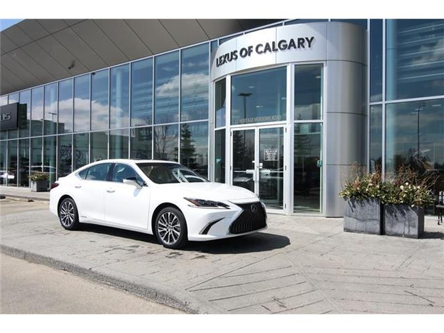 2019 Lexus ES 300h Base (Stk: 190432) in Calgary - Image 1 of 14