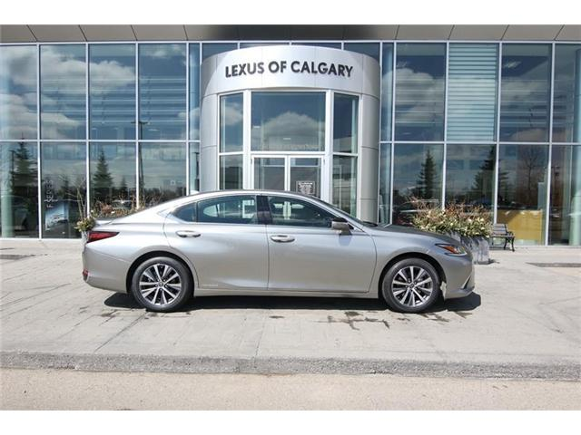 2019 Lexus ES 300h Base (Stk: 190475) in Calgary - Image 2 of 14