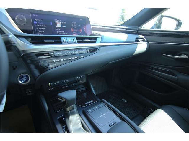 2019 Lexus ES 300h Base (Stk: 190475) in Calgary - Image 10 of 14