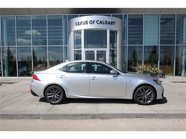 2019 Lexus IS 350 Base (Stk: 190549) in Calgary - Image 2 of 15