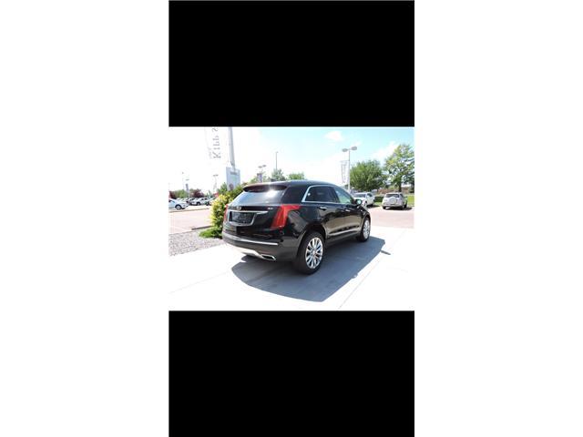 2017 Cadillac XT5 Platinum (Stk: C1033) in Winnipeg - Image 2 of 14