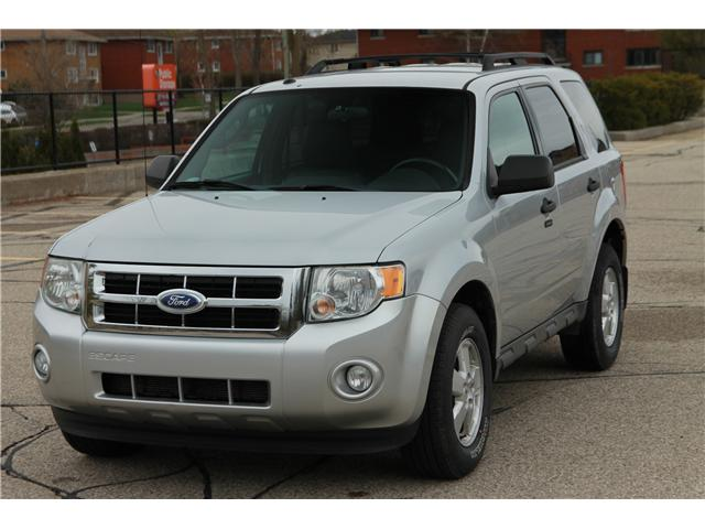 2011 Ford Escape XLT Automatic (Stk: 1904143) in Waterloo - Image 1 of 24