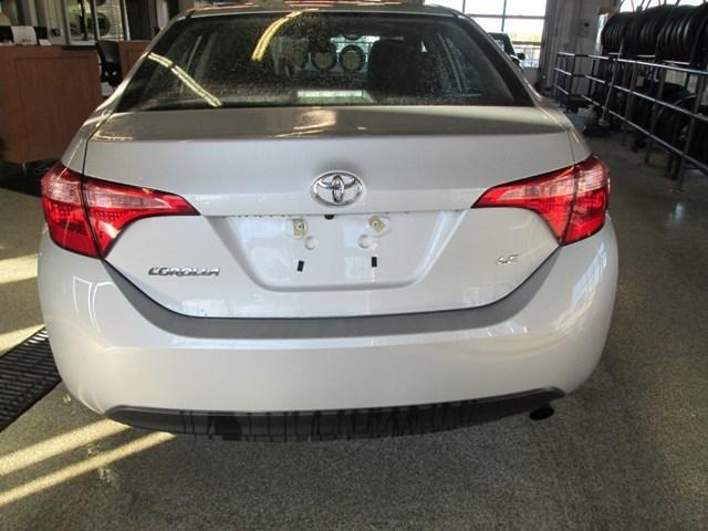 2018 Toyota Corolla LE (Stk: M2638) in Gloucester - Image 4 of 20