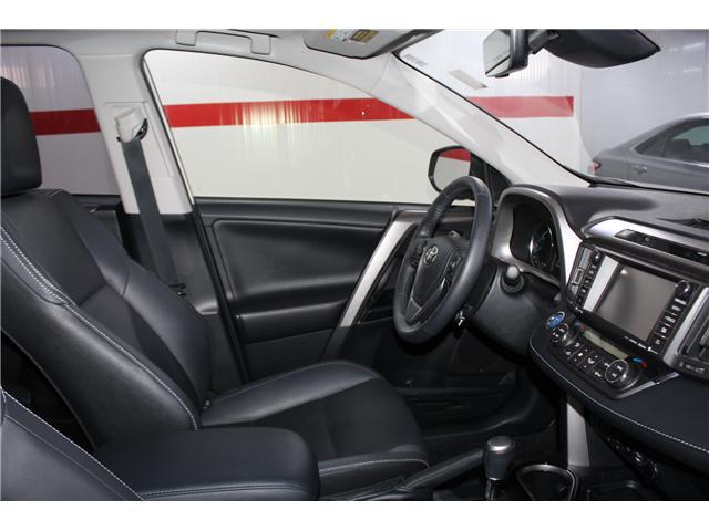 2018 Toyota RAV4 Hybrid Limited (Stk: 298030S) in Markham - Image 17 of 27