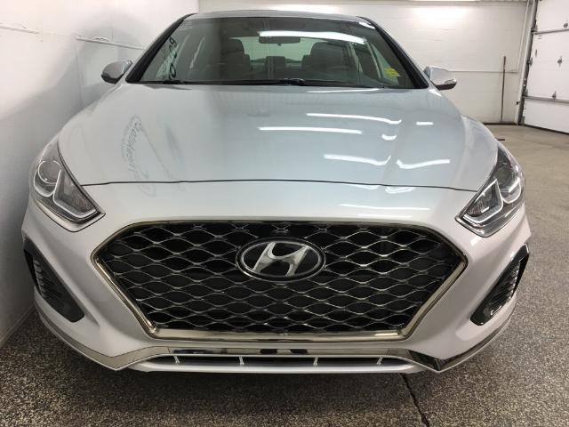 2019 Hyundai Sonata ESSENTIAL (Stk: 34816W) in Belleville - Image 4 of 25