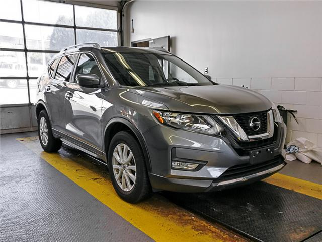 2018 Nissan Rogue SV (Stk: 9-6096-0) in Burnaby - Image 2 of 24