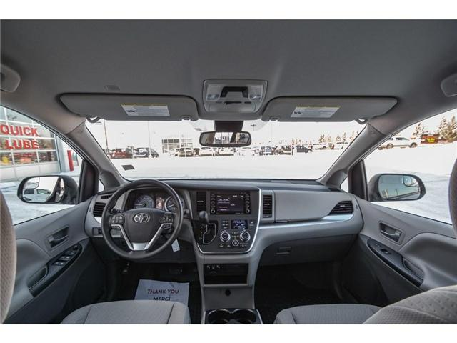 2019 Toyota Sienna LE 8-Passenger (Stk: SIK017) in Lloydminster - Image 2 of 13