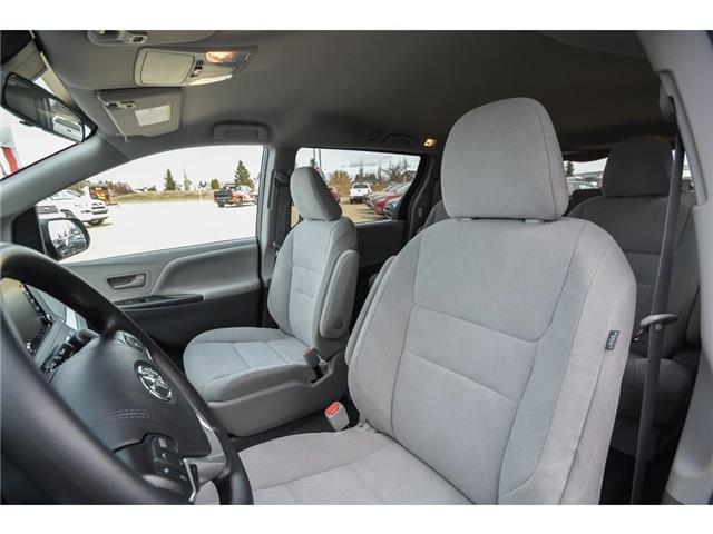 2019 Toyota Sienna 7-Passenger (Stk: SIK068) in Lloydminster - Image 3 of 13