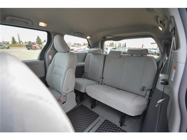 2019 Toyota Sienna 7-Passenger (Stk: SIK068) in Lloydminster - Image 6 of 13