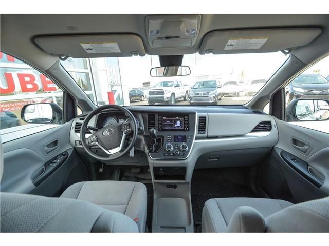 2019 Toyota Sienna 7-Passenger (Stk: SIK084) in Lloydminster - Image 2 of 14