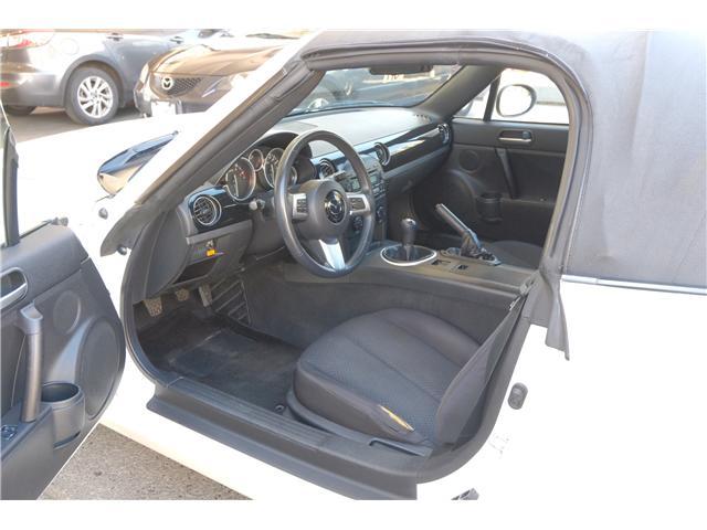 2007 Mazda MX-5 GX (Stk: 304066A) in Victoria - Image 10 of 15