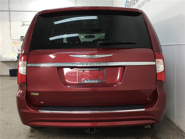 2016 Chrysler Town & Country Touring-L (Stk: 34269JAA) in Belleville - Image 6 of 28