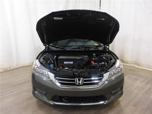 2015 Honda Accord Touring V6 (Stk: 19050219) in Calgary - Image 9 of 28