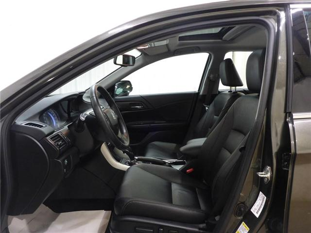 2015 Honda Accord Touring V6 (Stk: 19050219) in Calgary - Image 11 of 28