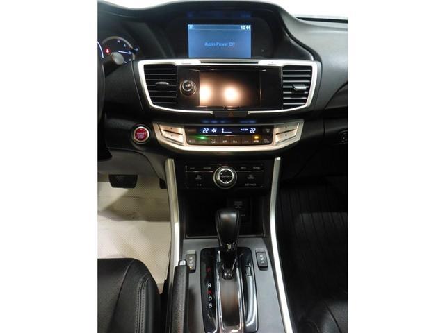 2015 Honda Accord Touring V6 (Stk: 19050219) in Calgary - Image 22 of 28