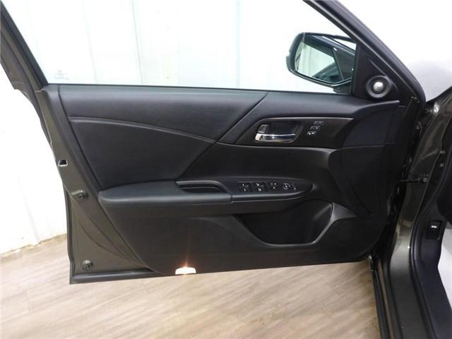 2015 Honda Accord Touring V6 (Stk: 19050219) in Calgary - Image 24 of 28