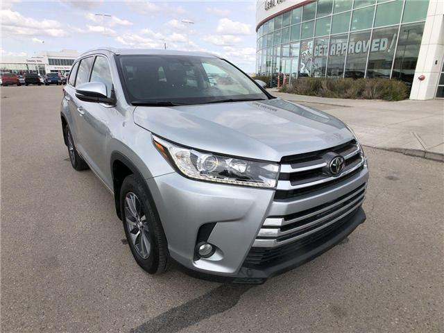 2017 Toyota Highlander  (Stk: 2900649A) in Calgary - Image 1 of 20