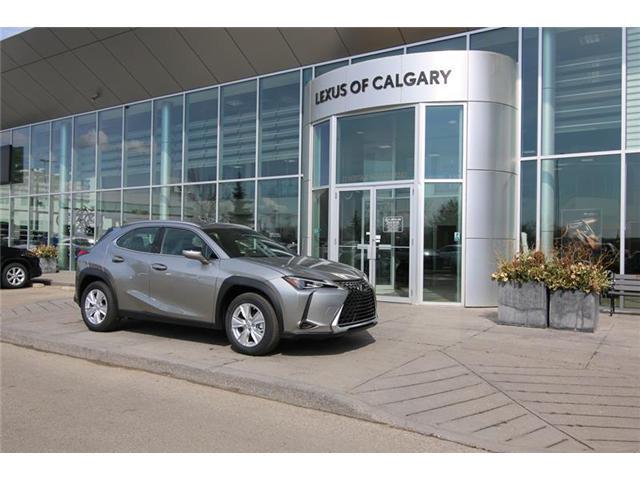 2019 Lexus UX 200 Base (Stk: 190556) in Calgary - Image 1 of 15